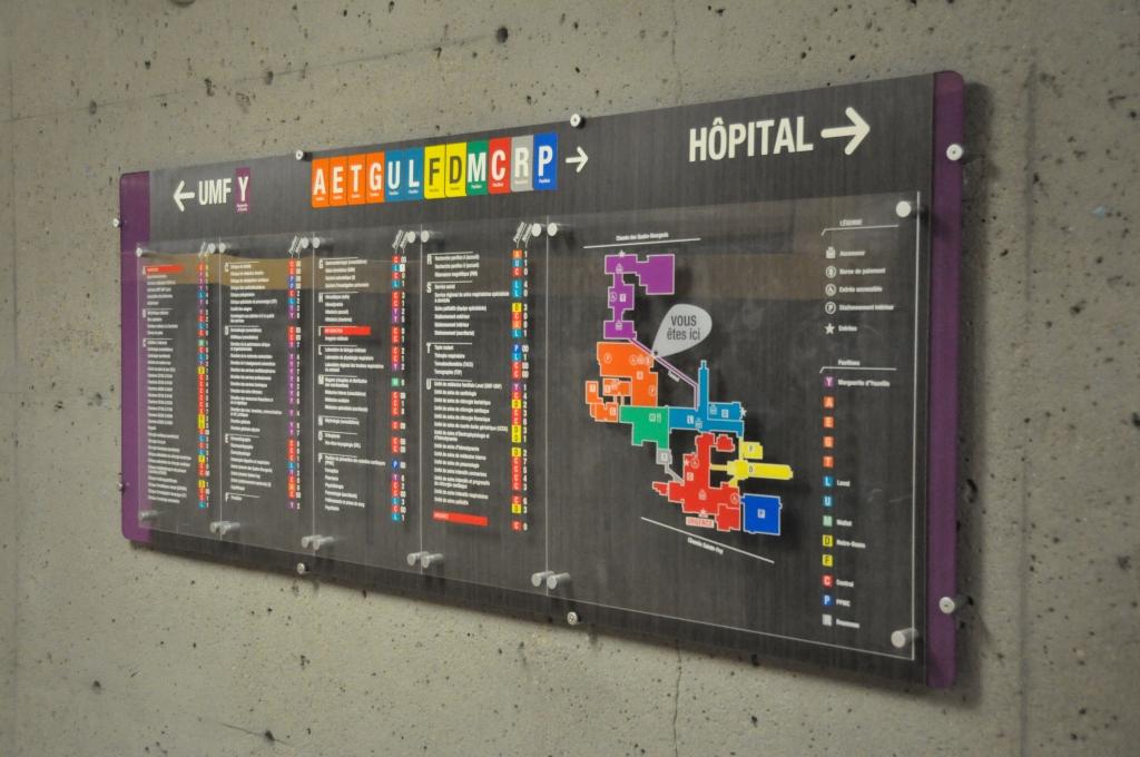 Groupe PolyAlto | Cablelink | Signalisation | Enseigne mural | Affichage promotionnelle | Présentoir